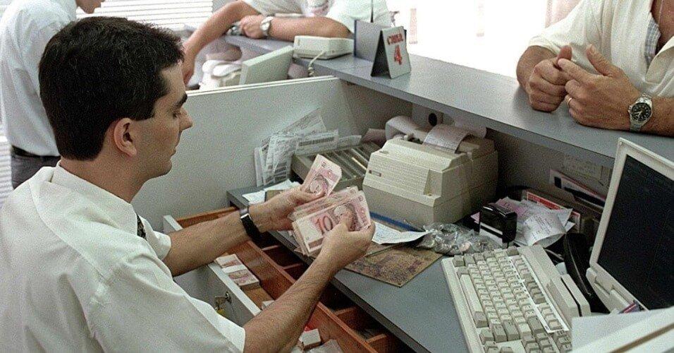 Bancários do DF também serão priorizados na vacinação contra a covid