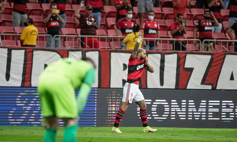 STJD proíbe público em jogos do Flamengo